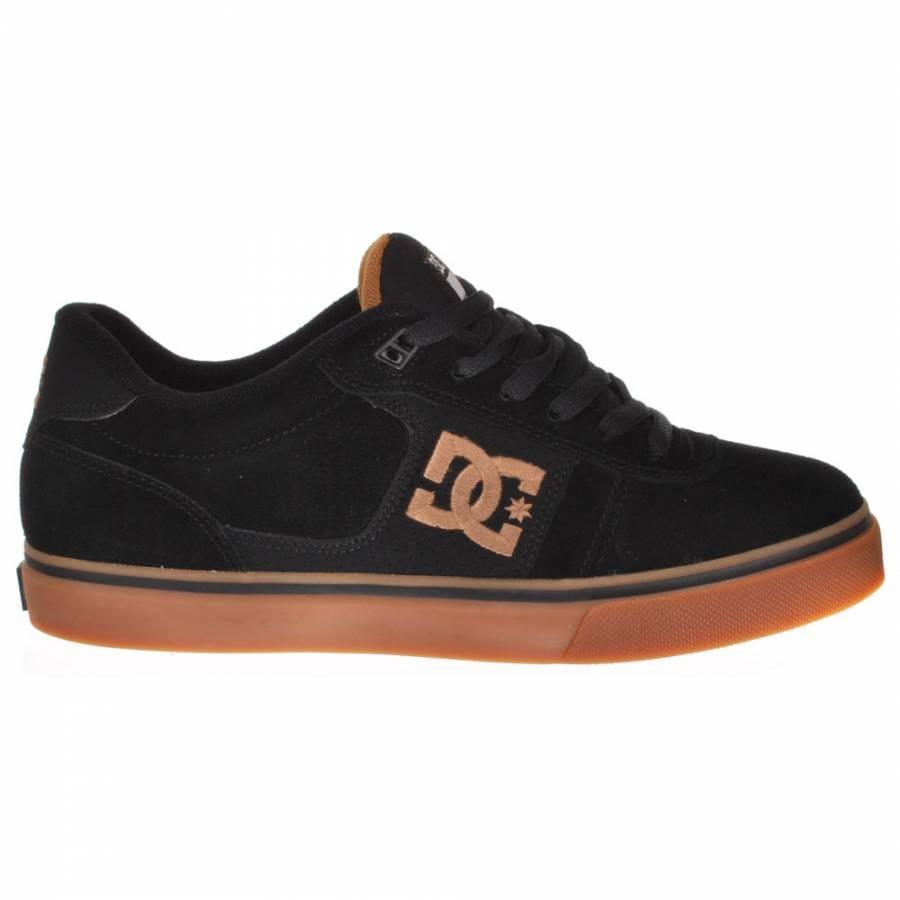 dc match wc s black gum skate shoes