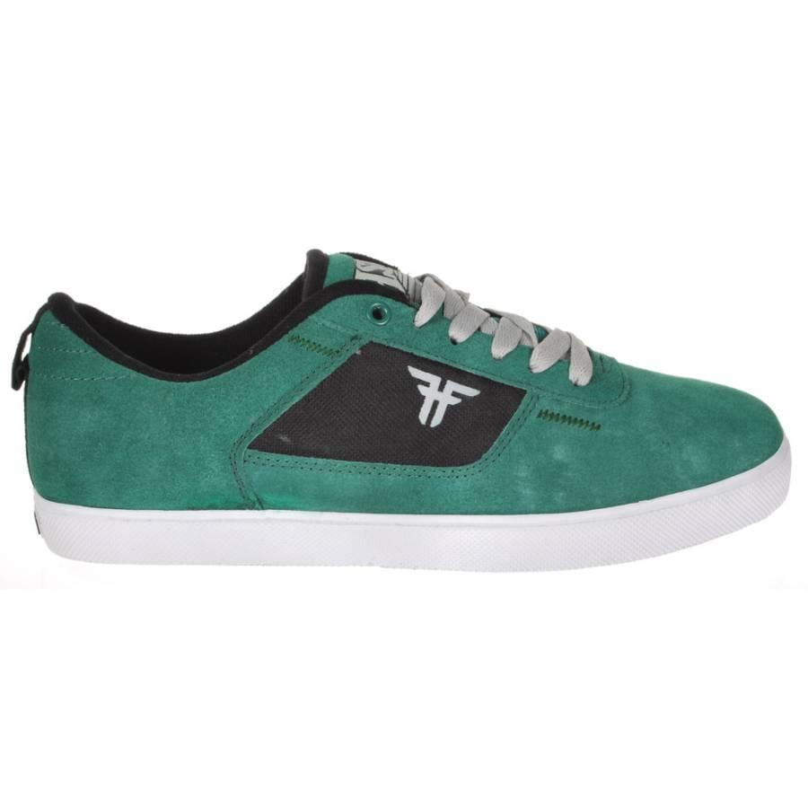 black+skate+shoes